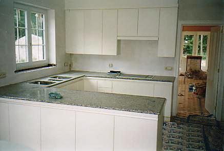 witte laminaat keuken, algemeen zicht  interieurbouw de clercq, Meubels Ideeën