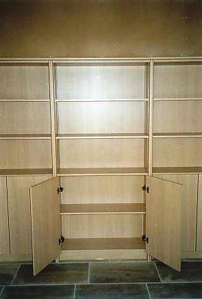 bureau kasten in perelaar postform laminaat gesloten