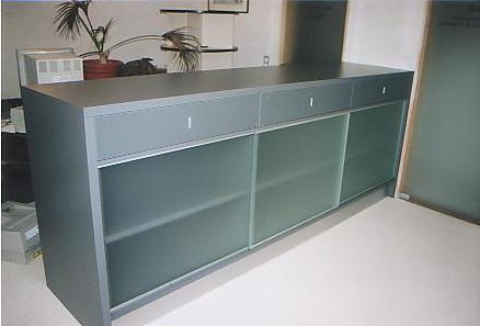 Kast Voor Glazen : Bureau klassement kast met glazen schuifdeuren u2013 interieurbouw de clercq